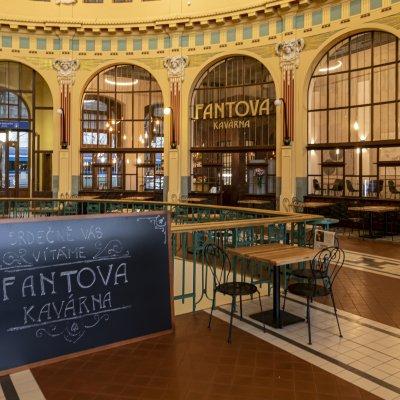 Fantova kavárna na Hlavním nádraží