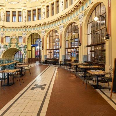 Fantova kavárna na hlavním nádraží v Praze